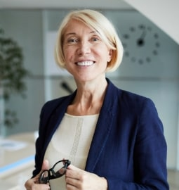 Dr Lynme Barrow